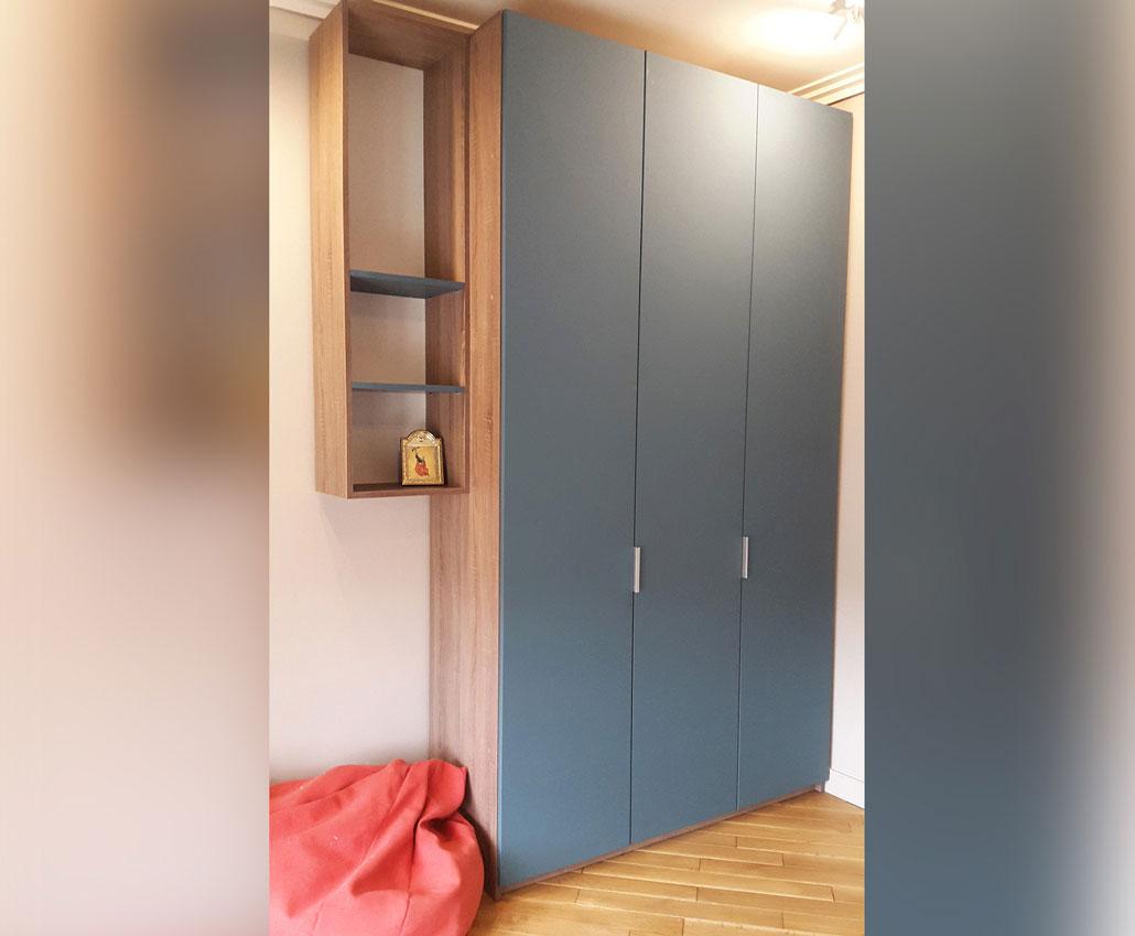 Шкаф с мебельными фасадами Гладкий от Полифасад