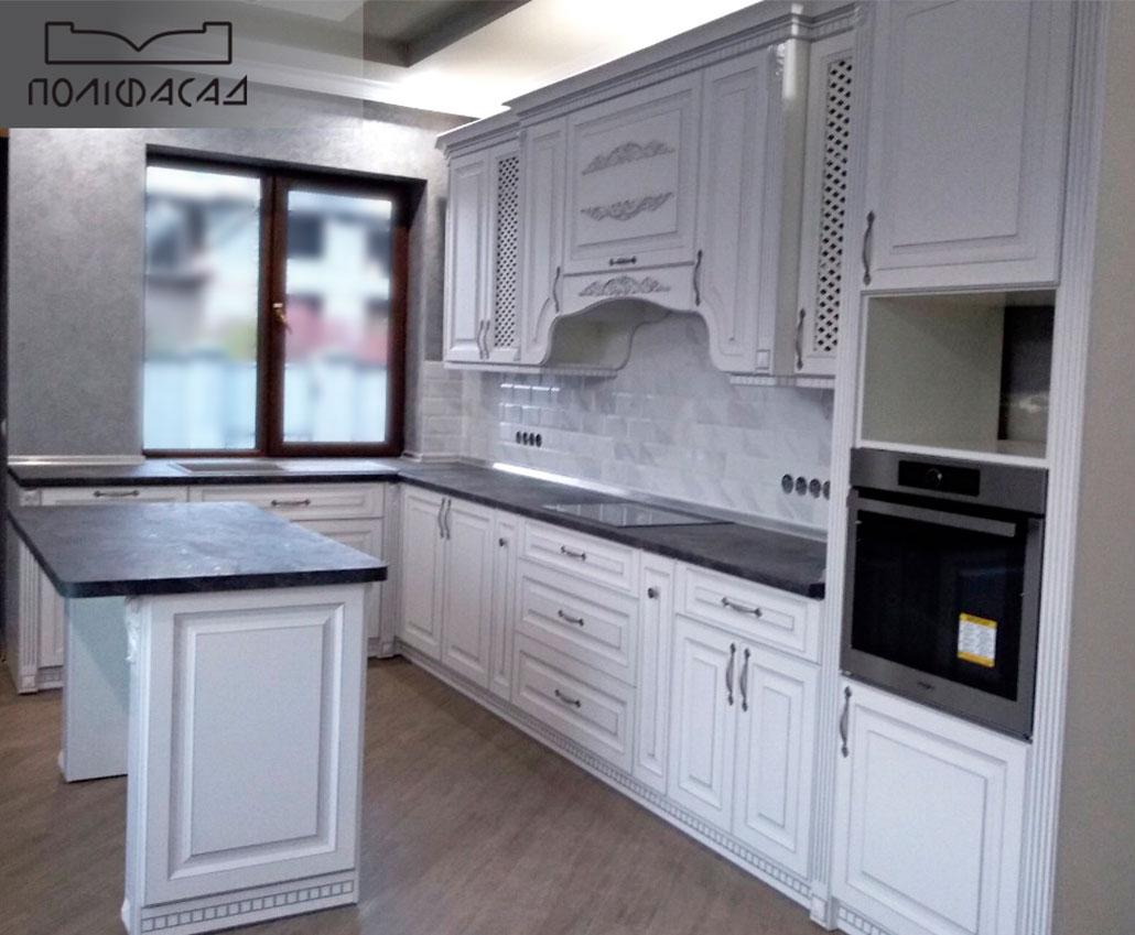 Кухня с мебельными фасадами Винтаж от Полифасад